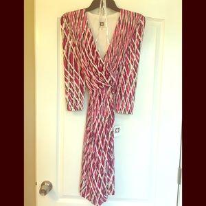 NWT Anne Klein V-neck summer dress 3/4 sleeve